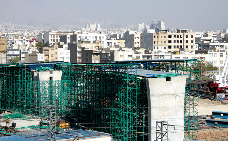 تقاطع غیر همسطح آزاد راه تهران-کرج با بزرگراه شهید باکری