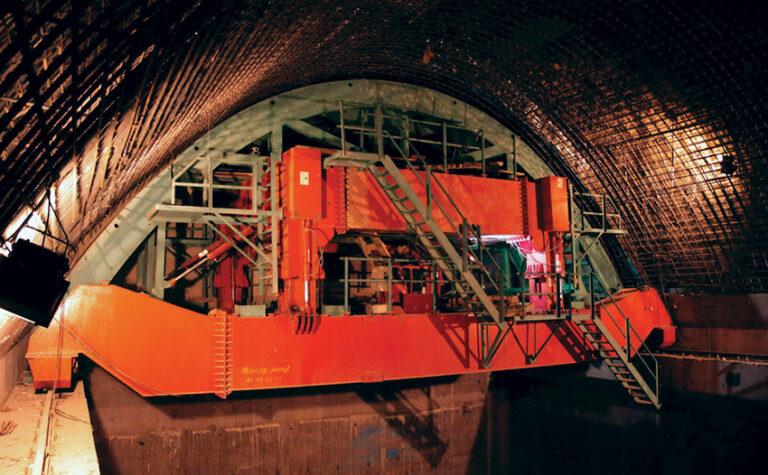 پروژه لاینیگ کلاهک تونل مخازن ضربه گیر سد گتوند